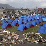 haiyan-survivor-tents-epa-51109635-20131122